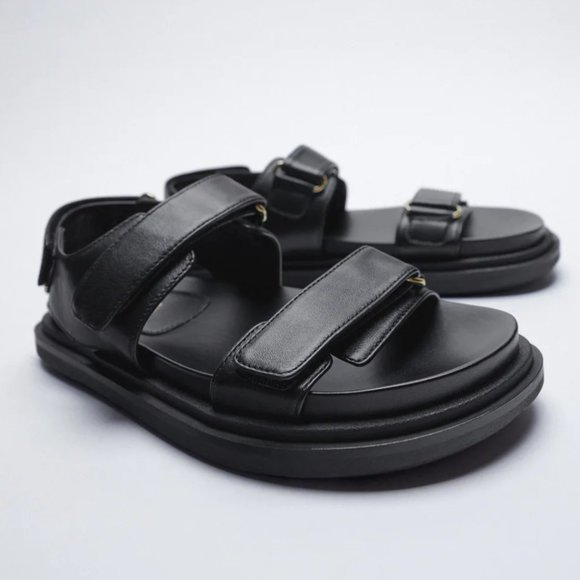 NWT Chunky Black Leather Adhesive Strap Sandals, 8